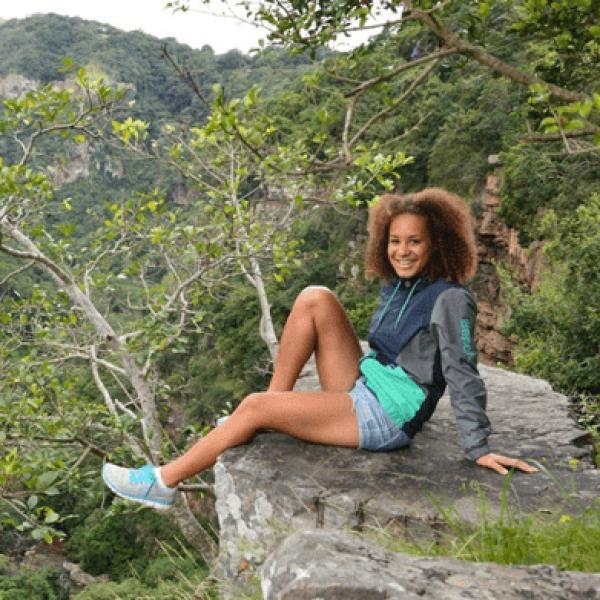 Francisca Chengula Marketing und Travel Designer Bushkomba Afrika Safari