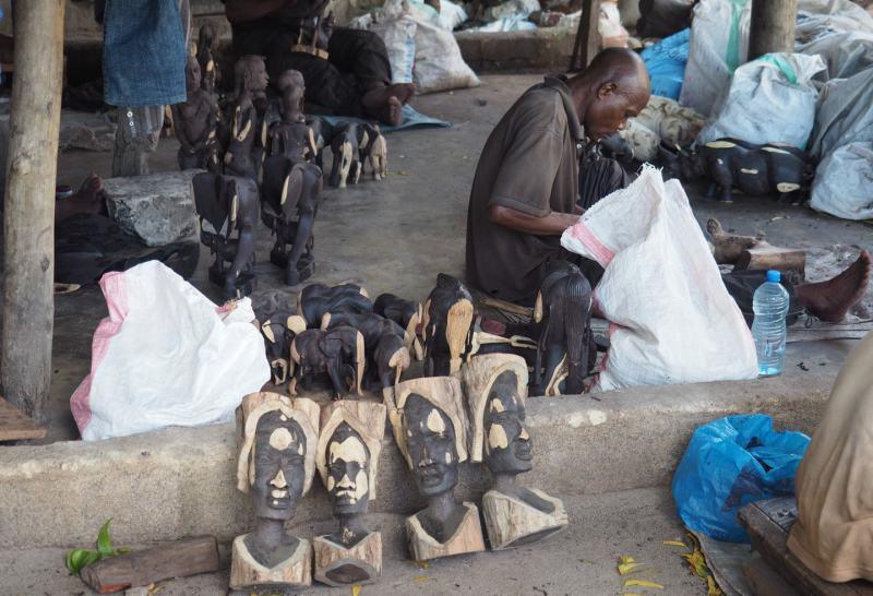 Makonde Kunst in Dar es Salaam